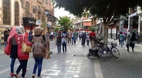 وسط دمشق وفي زمن آل الأسد.. سيدة تتعرض للضرب والإهانة والسلطة تتفرج