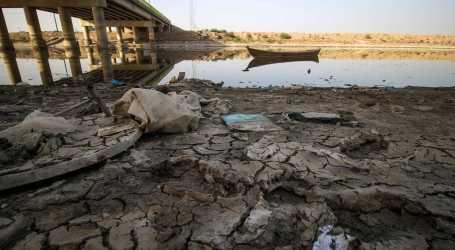 الحرس الثوري يسرق مياه السكان في دير الزور