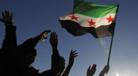 إدلب تحت القصف والمعارضة مشغولة بخلافاتها الداخلية