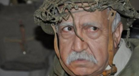 """بشار اسماعيل الموالي للسلطة يسخر من شعار الأسد """"الأمل بالعمل"""""""