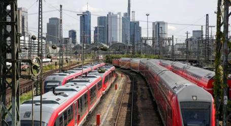 سوري يشل حركة القطارات في ألمانيا بكلمتين.. ومستشفى الأمراض العقلية مصيره!