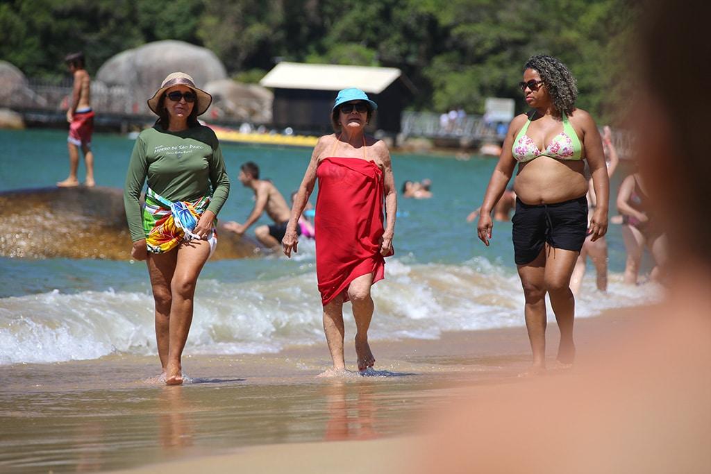 Playa-Laranjeiras-Brazil05