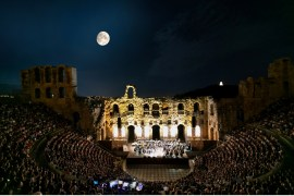 Bocelli on stage [LIVE IN ATHENS-Nessun Dorma]