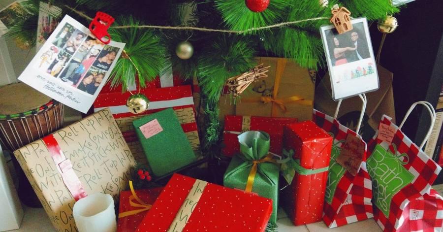 Christmas gifts dear santa at iamjmkayne.com