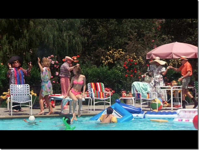 "The ""Christmas Vacation"" Pool - IAMNOTASTALKER |Christmas Vacation Pool"