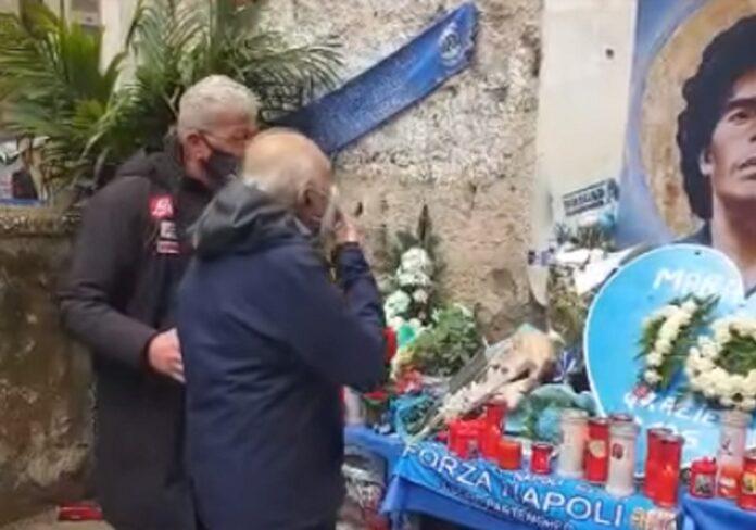 Ferlaino visitó un mural de Maradona