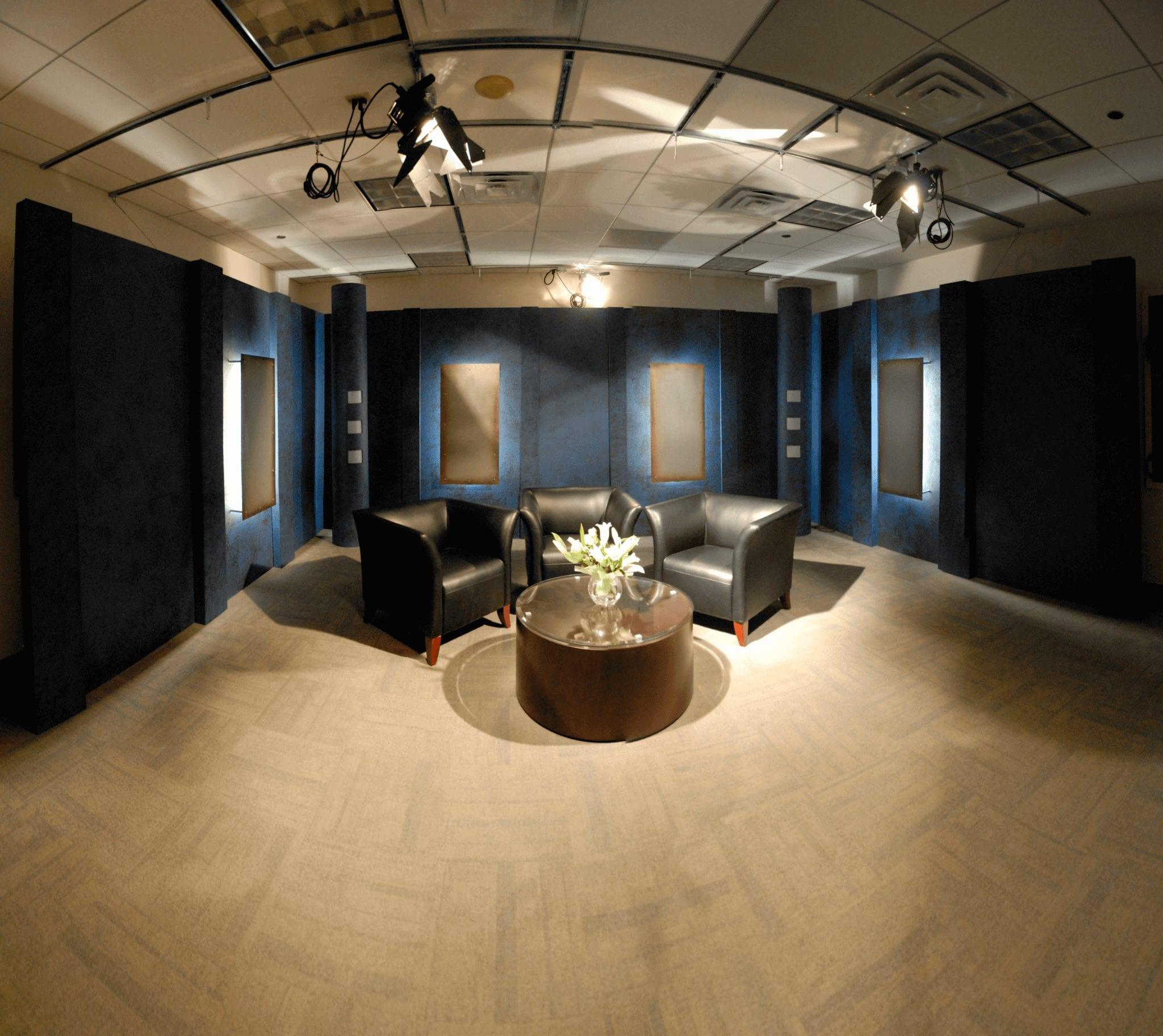 2010_Studio