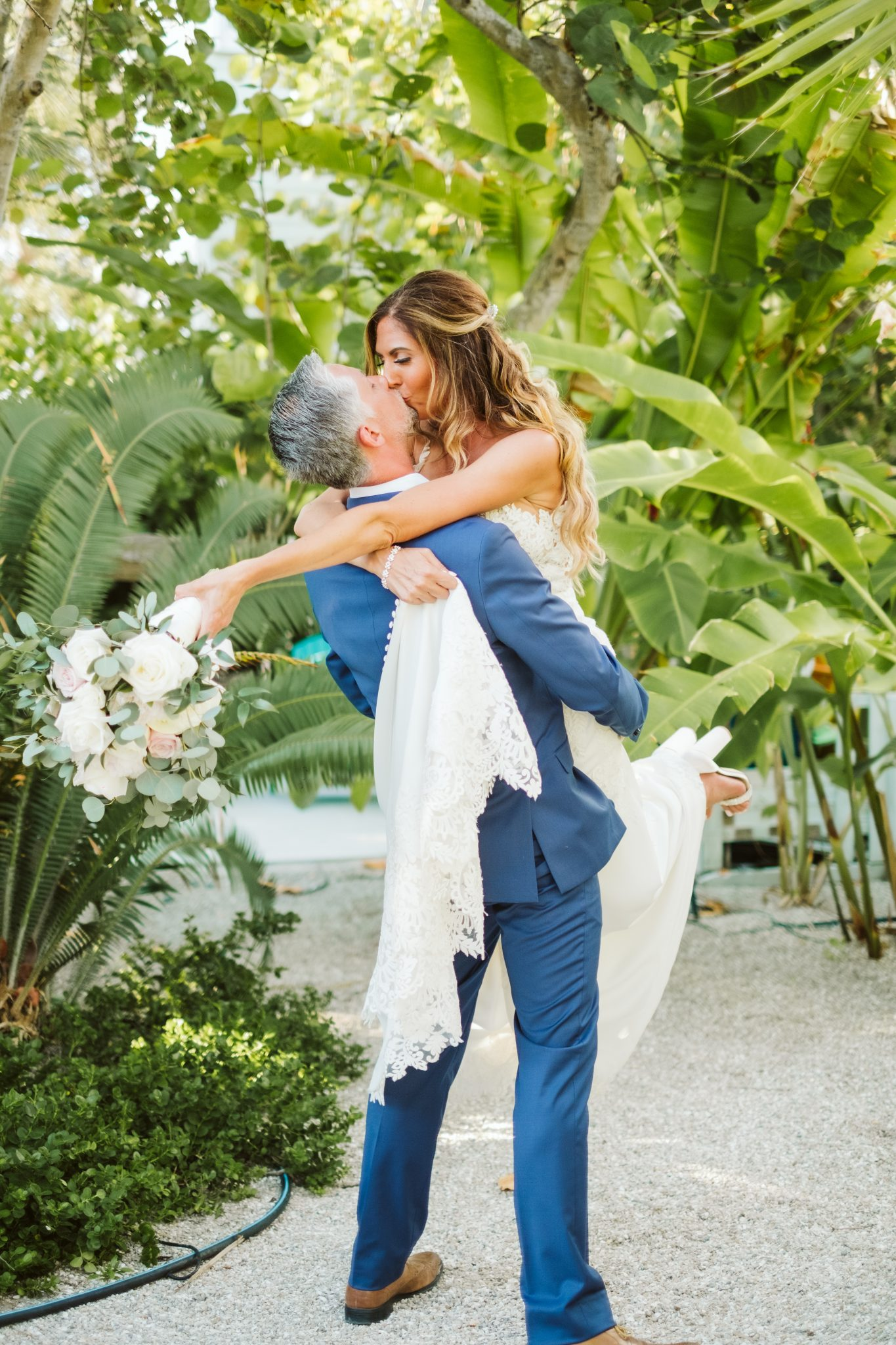 Tampa-Wedding-Photographer_Rebecca-and-Josh_Anna-Maria-Island-Boho-Beach-Wedding_Anna-Maria-Island-FL_01696
