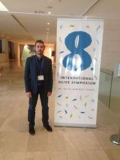 El investigador José Manuel Peña en el VIII International Olive Symposium