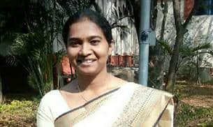Nandini KR, IAS UPSC Topper 2016-2017 Rank 1 Interview from Karnataka