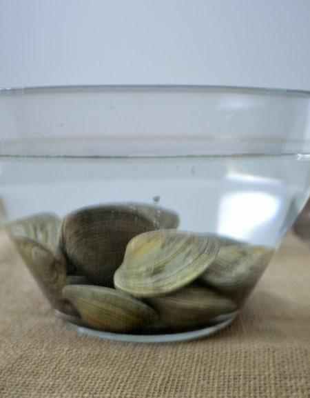 linguine and clams soak