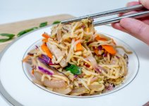 Pork yakisoba noodles with homemade yakisoba sauce is tangy with a hint of sweetness and umami