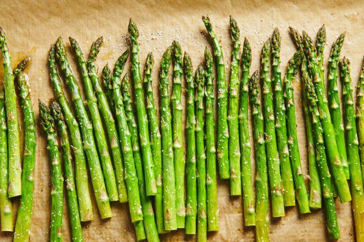 إليك قائمة بألذ الخضراوات قليلة الكربوهيدرات التي تستطيع تناولها في نظامك الغذائي - النظام الغذائي الصحي - الحمية الغذائي