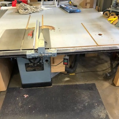 Delta 10″ Unisaw Table saw, 3 HP Motor with 50″ Delta Unifensce