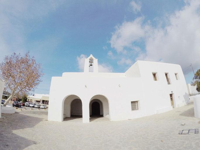 iglesia-santa-agnes-corona-ibiza
