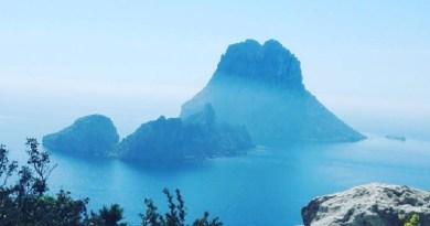 Even op kracht komen op bijzondere powerplekken op Ibiza