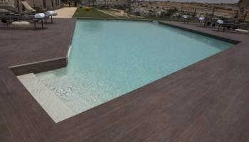 Bordo piscina rustico sabbiato toro blog i.blue