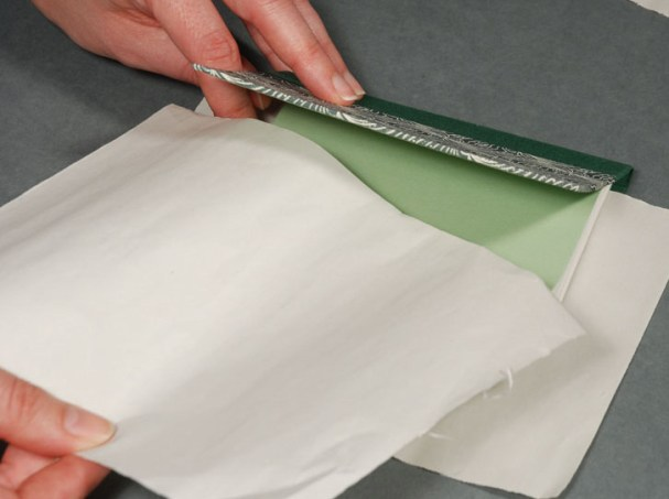 Adding-Cloth-Inbetween-Book-Covers-to-Absorb-Excess-Glue