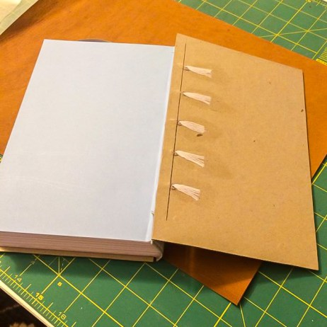 i Bookbinding - Gluing Cords