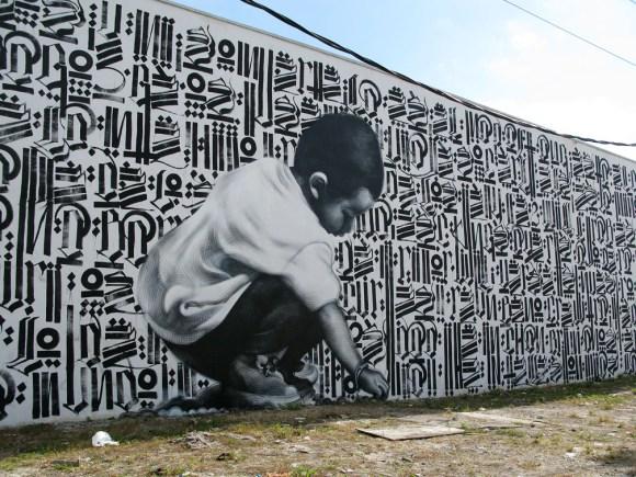 Characters By El Mac, Retna - Miami (FL) http://www.fatcap.com/graffiti/1262-el-mac-retna-miami.html