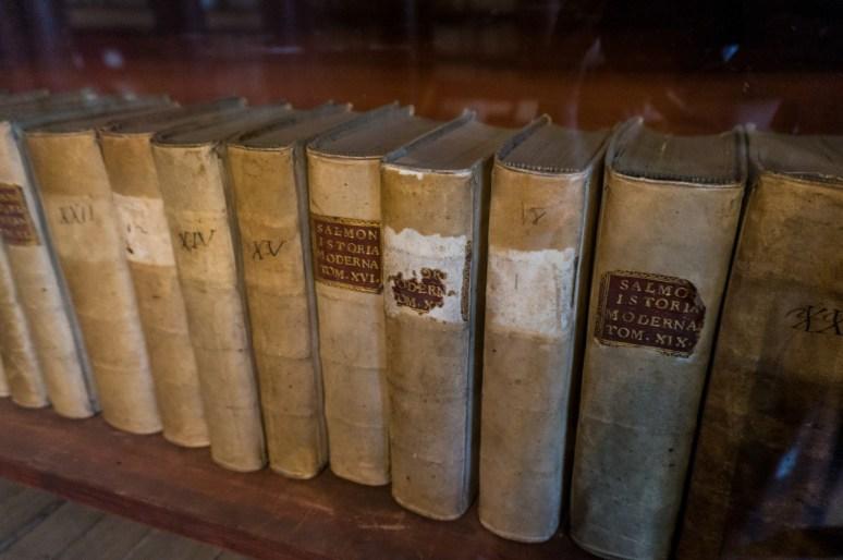 2016.08.04 - 13 - Labels on Old Books - The Pisano Library of San Vidal - Libreria Pisani di San Vidal
