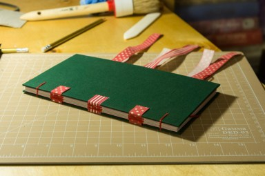 2016-10-16-coptic-bookbinding-franch-stitch-binding-and-langstitch-binding-workshop-41