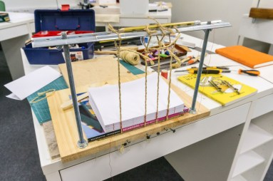 2016-10-20-simple-sewing-frame-for-bookbinding-08