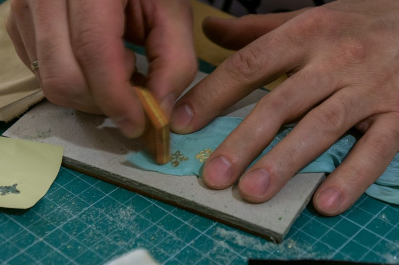 2017.01.30 - Gold Tooling 07 - Gold Tooling Cloth 18
