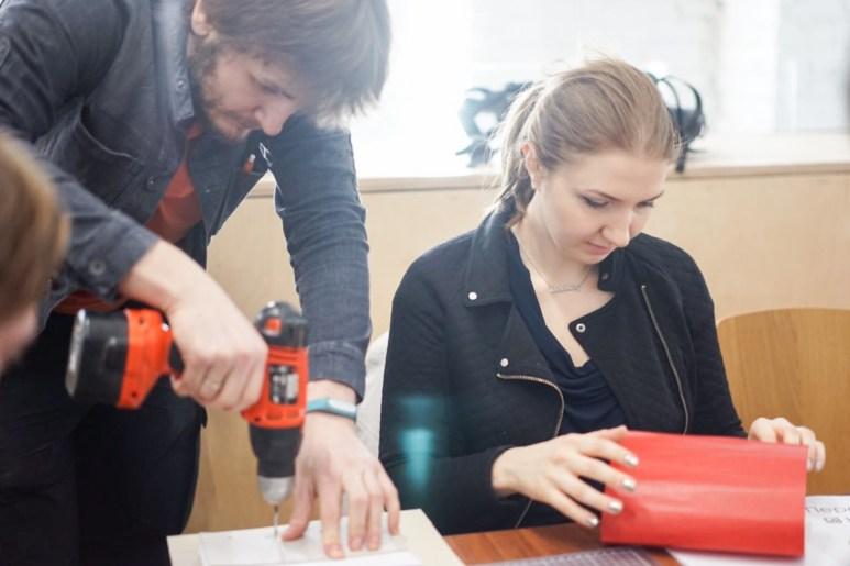 2017.04.09 - Long Stich Binding Workshop at Shalom Moscow - Photo by Alexandra Malikova 02