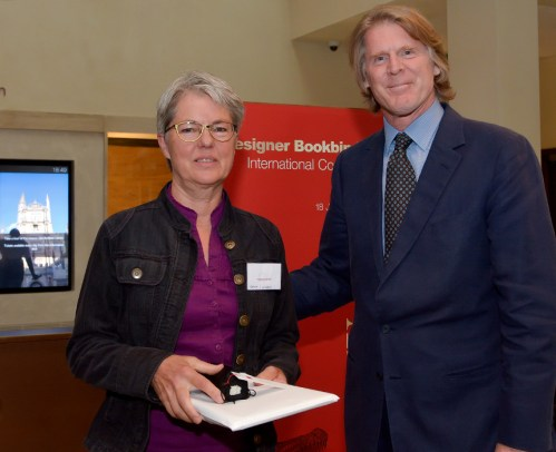 2017.08.18 - Designer Bookbinders International Competition 2017 - Distingiushed Winners - Anna Linssen with Mark Getty KBE
