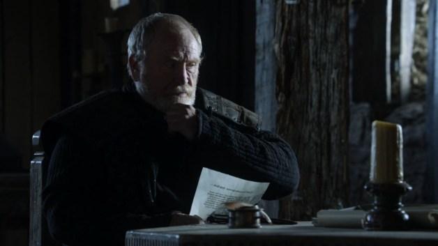 GoT S01E10 00.42.35 - Mormont reading a lettter