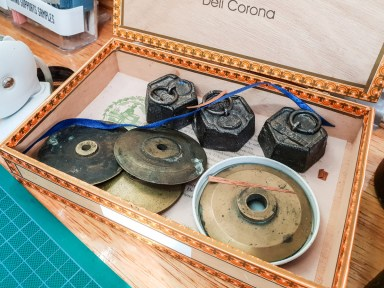 2019.03.08 - Visiting Nautilus Boekbinderij - Weights for Bookbinding 01