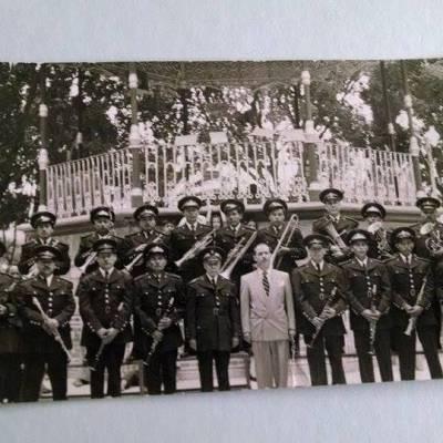 Fotografía con el Presidente Municipal Isaac Gómez Jiménez en 1958