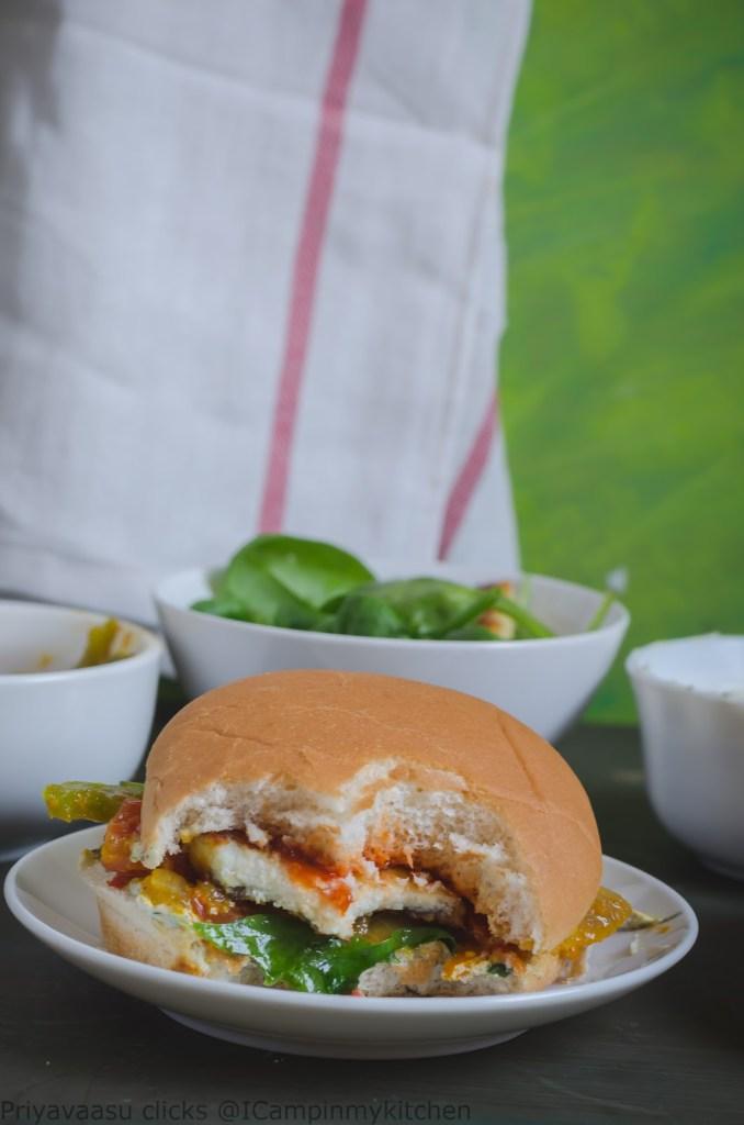 Capsicum and paneer burger