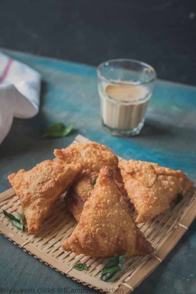 Street food samosa