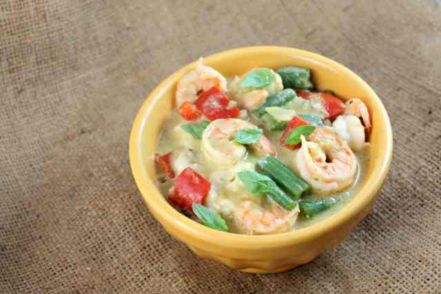 Thai Green Curry Shrimp with Coconut Rice #CampbellSauces