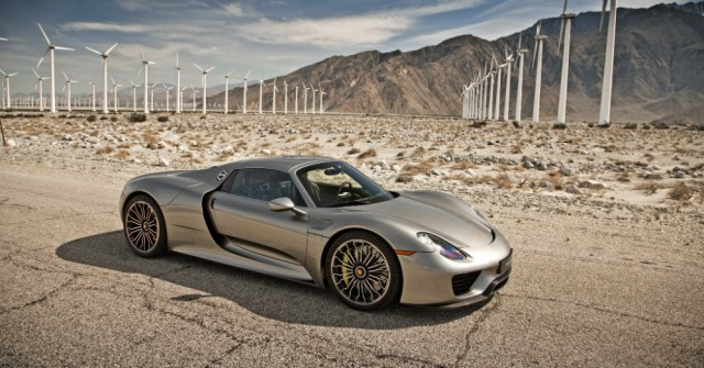2015 Porsche 918 Spyder Silver