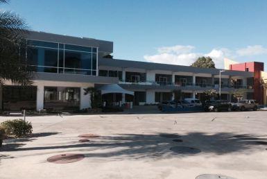 Locales Pertenecientes A Un Centro Comercial