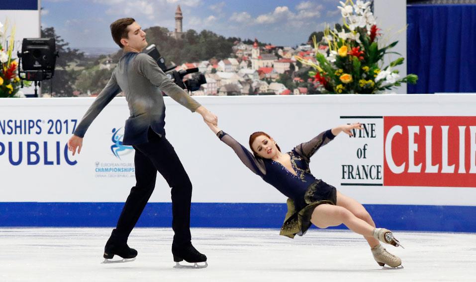 Profile – Marie-Jade Lauriault & Romain Le Gac
