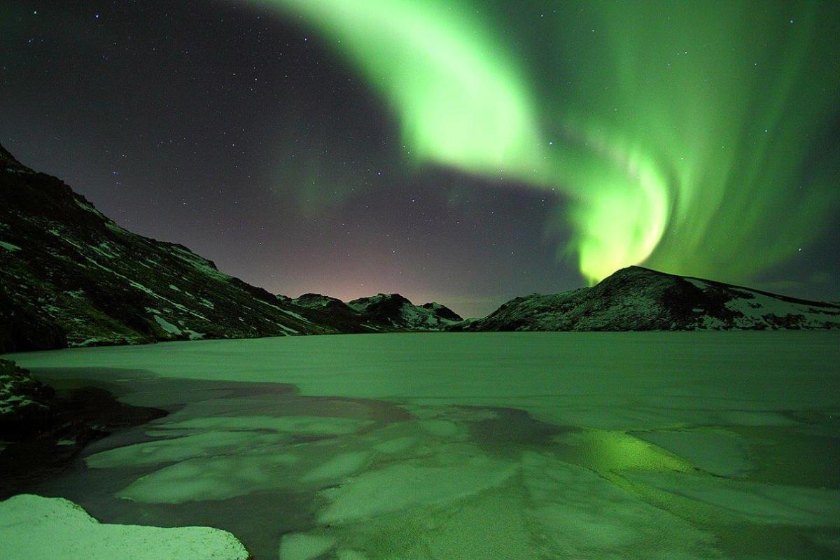 Northern Lights Book Review