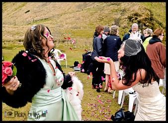 seljalandsfoss-bridal-party-photos-iceland-wedding-photographer