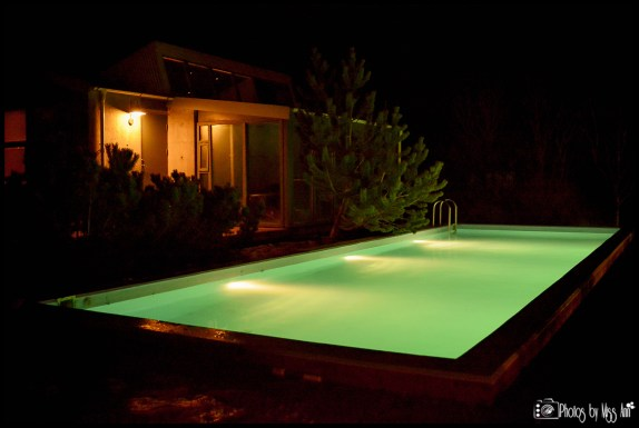 frost-and-fire-geothermal-pool