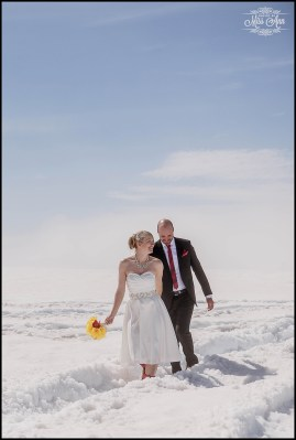 iceland-wedding-photographer-glacier-wedding-10