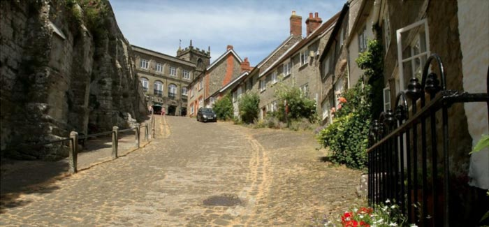 Britain's Most Beautiful Streets Revealed in New Poll