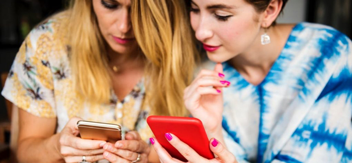 Survey of smartphone users finds Brit check their phone more than 10,000 times a year