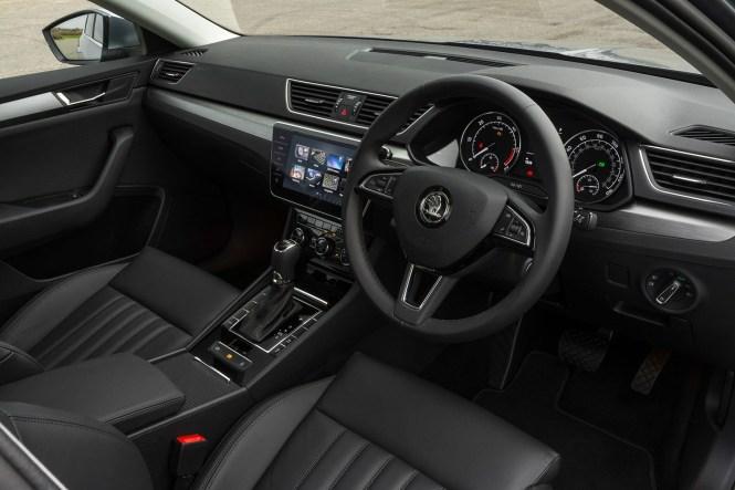 Skoda Superb Hatchback Review