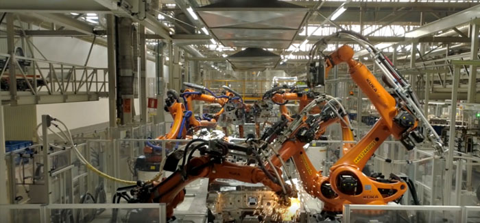 Video shows 2,000 dancing Robots assembling cars in just 68 seconds to classical music