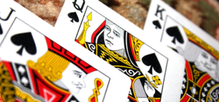 How to Stay on Top of Your Live Poker Game