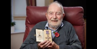 100-year-old war veteran urges young people to keep the tradition of remembrance alive