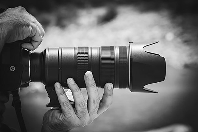 Beginner's Guide to Shooting Videos with DSLR Cameras